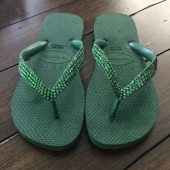 68902c85c397 Lori Jack Shoes - NWOT Lori Jack Swarovski Crystal Flip Flops